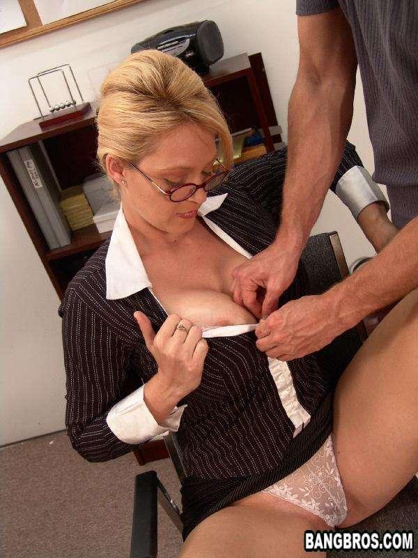 Зрелые женщины секретарши секс
